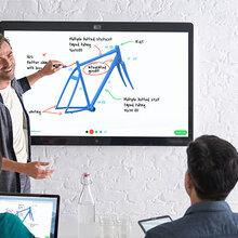 思科WebexBoard会议平板配备4K集成摄像头