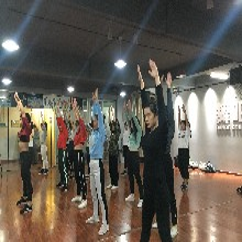 深圳宝安龙华地铁站附近大家都去的舞蹈培训班