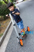 哆啦精灵童车玩具加盟让更多的孩子更快乐更聪明