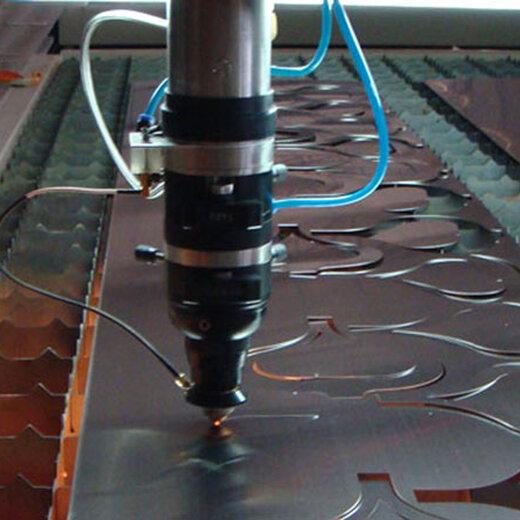 激光割的原理_激光切割加工的原理分析: