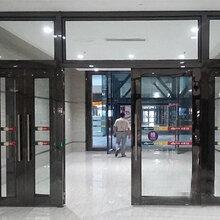 遂宁市消防防火玻璃门,四川巴中钢质防火玻璃门各类通道口适用图片