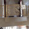 铝艺双面浮雕镀金护栏别墅酒店专用楼梯护栏不一样的装饰效果