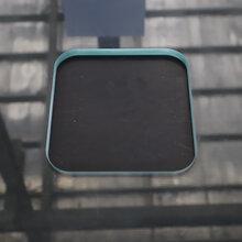 一款可以在玻璃上打孔、挖缺和磨边的多功能设备图片