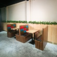 清城烤肉吧餐桌餐椅廠家直銷,清遠餐飲家具廠家圖片