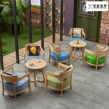西雙版納定做餐桌椅子組合廠家直銷圖片