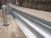 青海厂家供应公路防撞栏三波护栏板三波梁钢护栏镀锌波形护栏价格