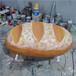 定制玻璃鋼面包雕塑面包門頭裝飾發光面包,網紅面包模型