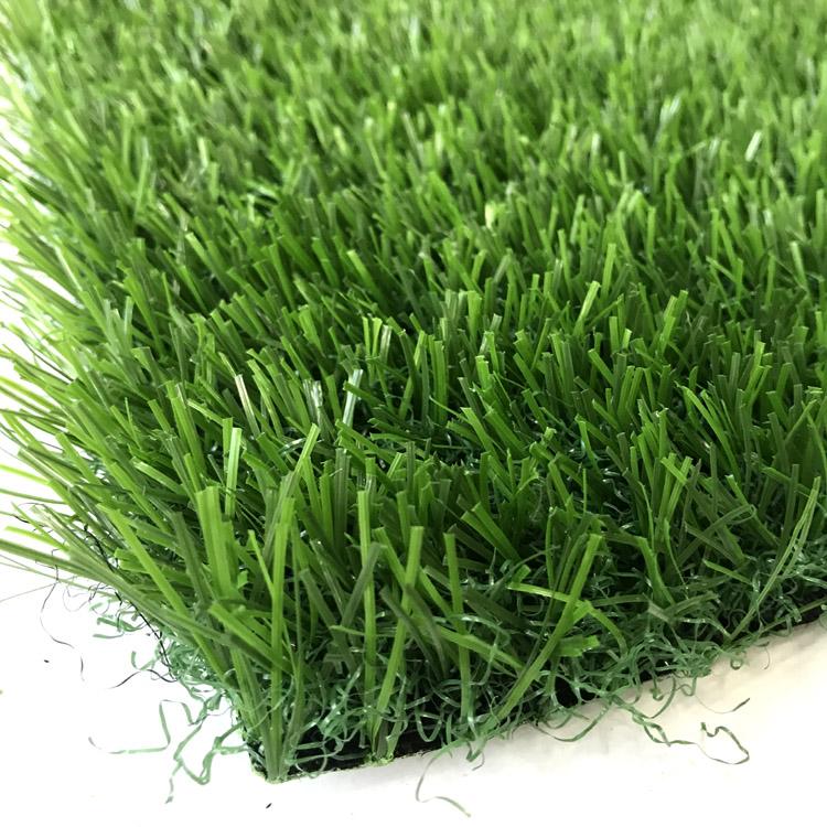 直曲人造草坪