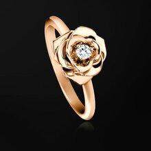 二手卡地亚手镯戒指高价回收二手黄金项链手镯戒指免费评估鉴定