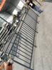 小区阳台护栏组装