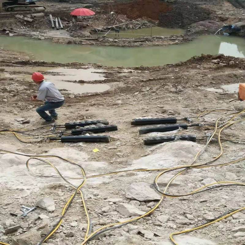 巴南适合坚硬花岗岩开采设备