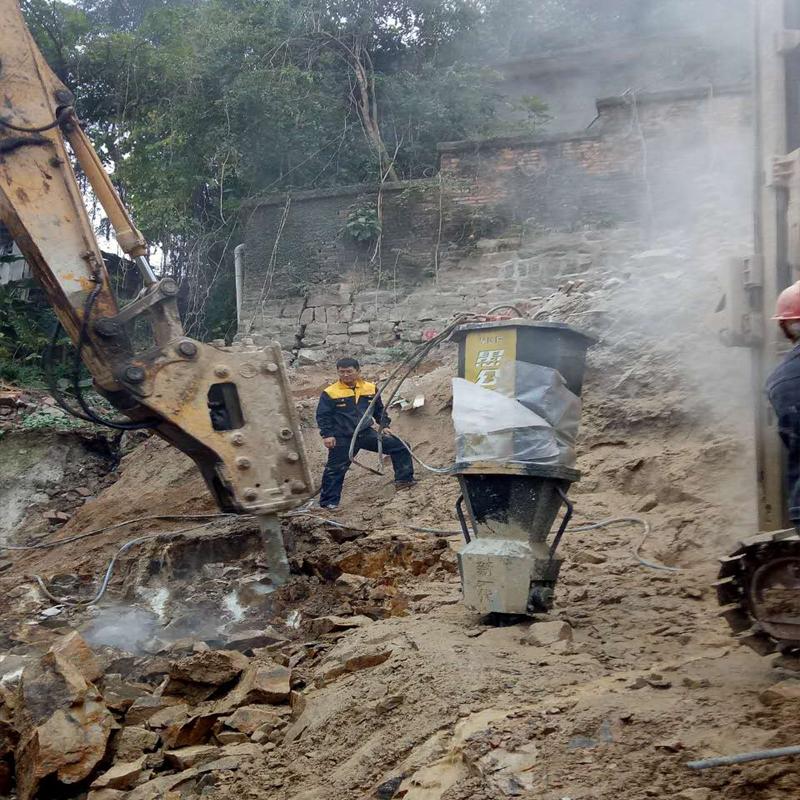 文山矿山开采裂石器液压分裂棒