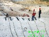 澳门四平市工程破裂硬石头设备用裂石机