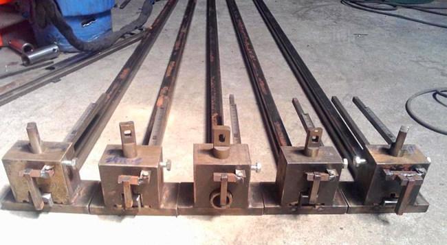方便易懂钢结构的钢材一般采用h钢,工字钢,槽钢,因此要涉及到侧面冲孔