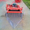 新型大型花生摘果機鏈條式花生收獲機鋪放整齊地下根莖花生收獲機壟上鮮花生收獲機