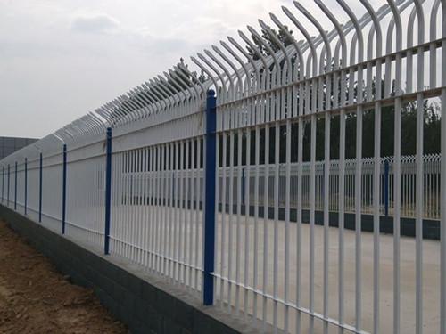 潮州静电喷涂网刀片刺绳山体保护网防撞护栏美景PVC护栏耐用美化安全