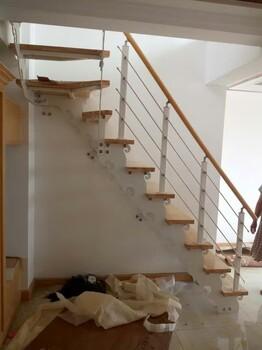 廊坊钢木楼梯旋转楼梯阁楼楼梯复试楼梯霸州发货