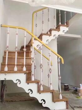 斜梁楼梯波形护栏立柱