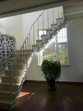 阁楼楼梯丹东双梁楼梯厂家图片