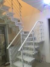 重型卷板樓梯室內鋼木樓梯圖片