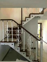鋼木樓梯實木樓梯價格多少一米圖片