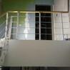 中柱旋转楼梯小空间钢木楼梯设计说明