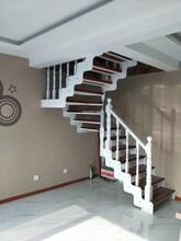 楼梯配件欧式钢木楼梯图片