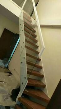 别墅楼梯实木楼梯踏步板