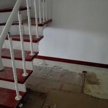 斜梁楼梯别墅楼梯护栏图片