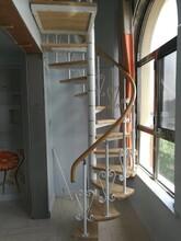 斜梁楼梯不锈钢复合管护栏立柱图片
