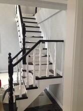 钢木楼梯定制生产图片