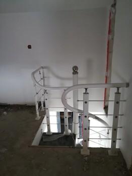 中柱旋转楼梯玻璃楼梯扶手报价单