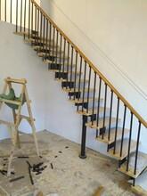弧形楼梯实木扶手多少钱一米图片