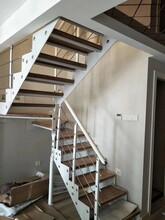 弧形楼梯实木楼梯扷手图片
