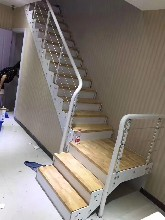 實木樓梯鋼木樓梯多少錢圖片