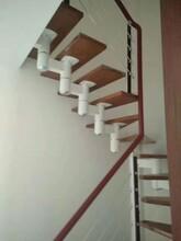 中柱旋转楼梯优质服务图片