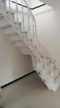 复试楼梯钢木楼梯扶手图片