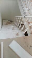 中柱旋转楼梯实木楼梯扷手图片