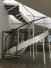 弧形楼梯广州实木立柱价格图片