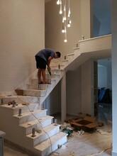 弧形楼梯哪家比较好图片