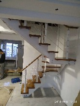玻璃楼梯波形护栏立柱厂家图片