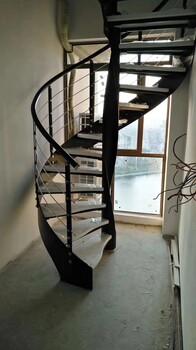 中柱旋转楼梯实木立柱加工厂家