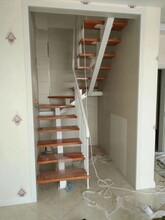 中柱旋转楼梯15年厂家图片