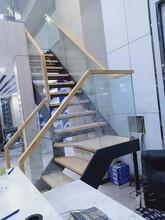 楼梯护栏双梁楼梯图片