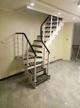 楼梯护栏15年厂家图片
