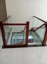 弧形阁楼楼梯图片