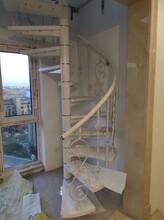 弧形儿童楼梯护栏图片