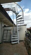 弧形钢木楼梯价图片