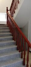 楼梯护栏实木楼梯扶手厂家批发图片