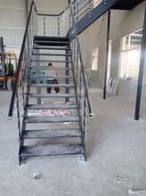 卷板别墅楼梯图片